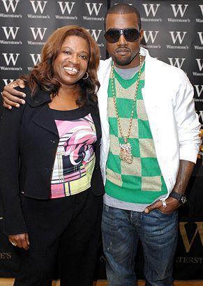 Kanye West With His Mom Donda West At A Book Signing Event In 2007 Celebrity Moms Kanye West Mom Celebrity Kids