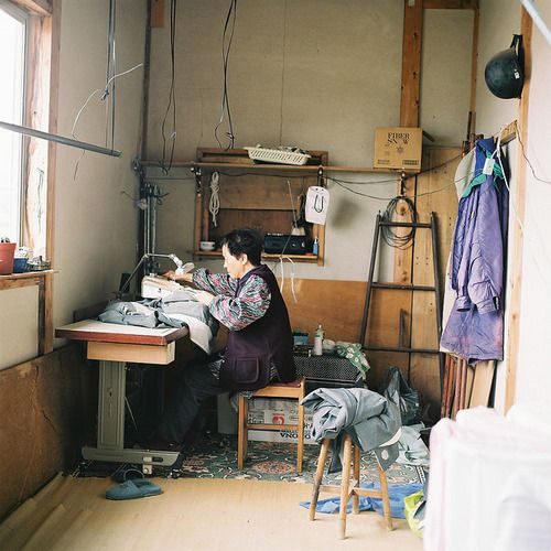grandma and her sewing machine by Kazuyuki Kawahara on Flickr.