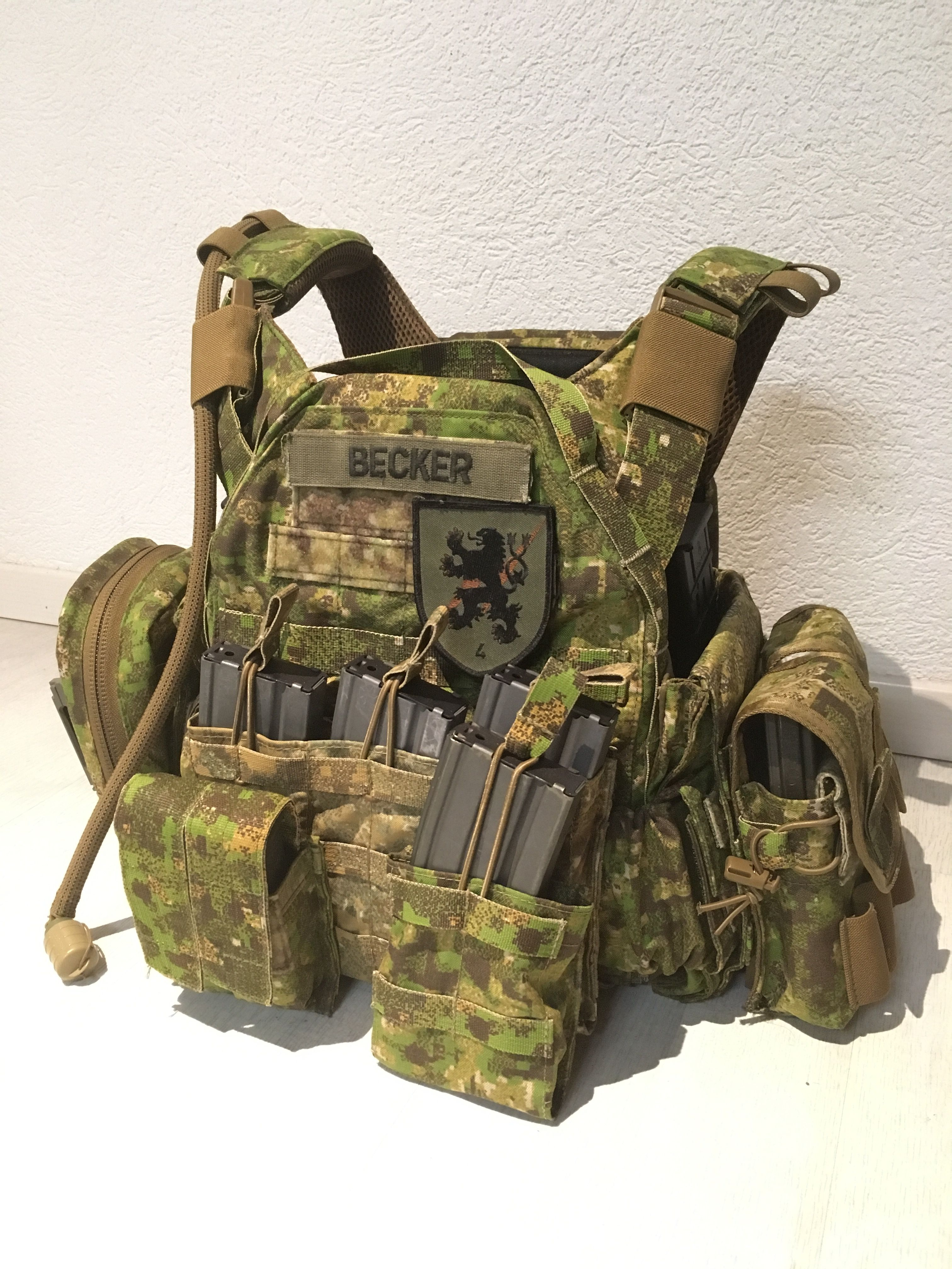 165255ce5d9 my pencott greenzone plate carrier Tactical Survival