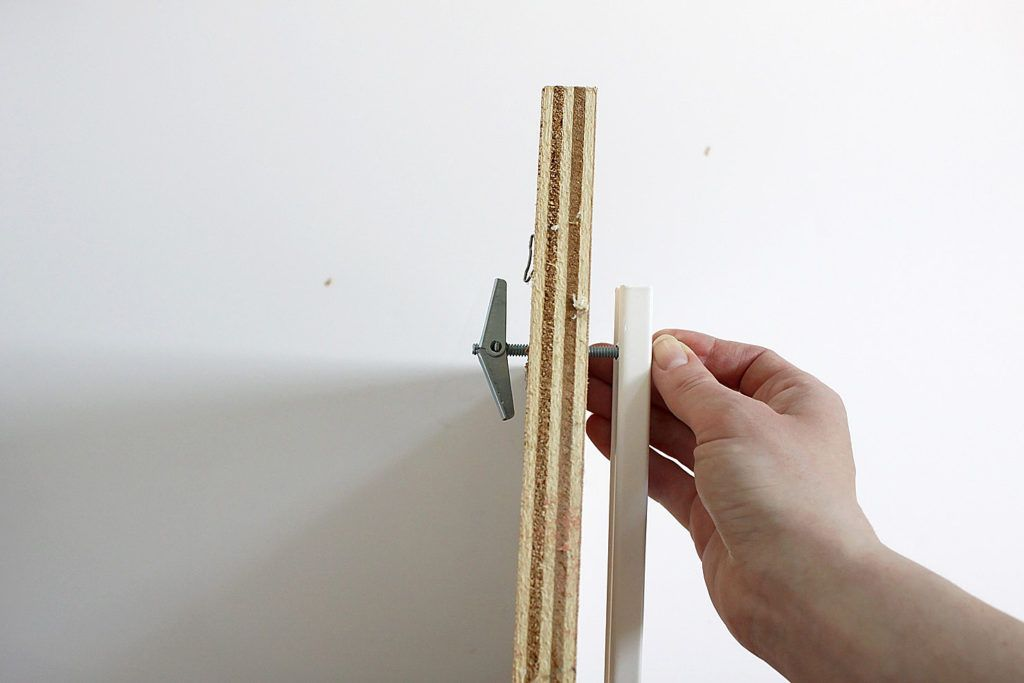How to hang heavy shelves on horsehair plaster walls with