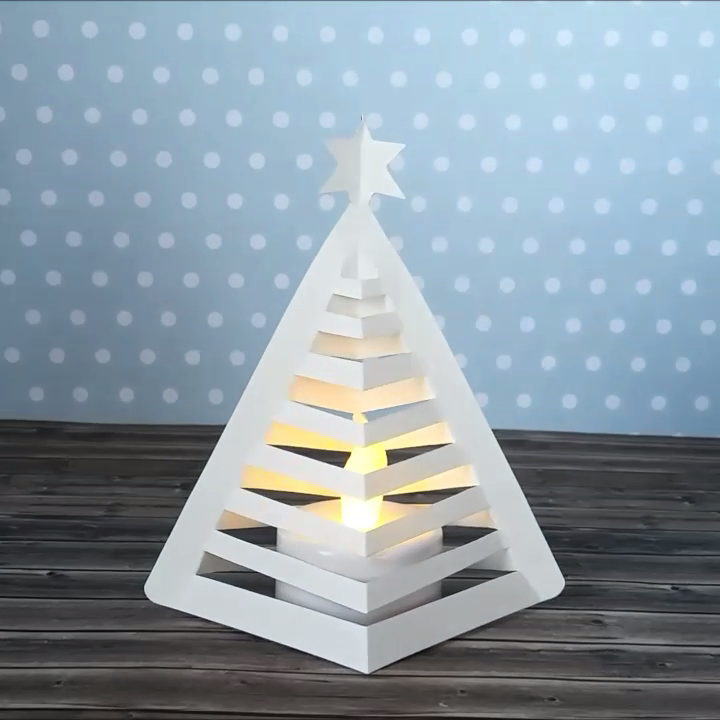 Hattifant's 3D Paper Christmas Tree to DIY