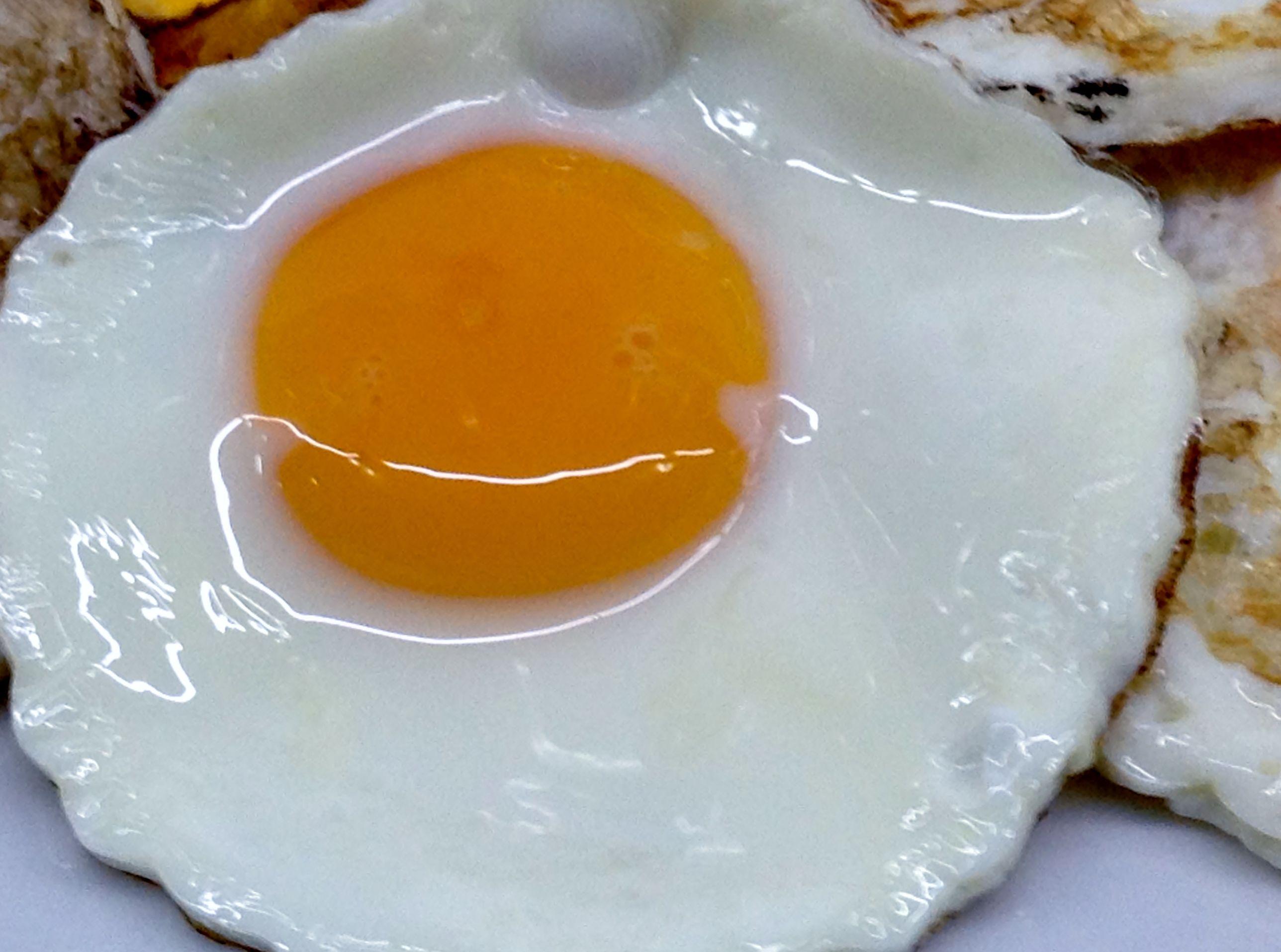 Huevo a la plancha, no tan cocido