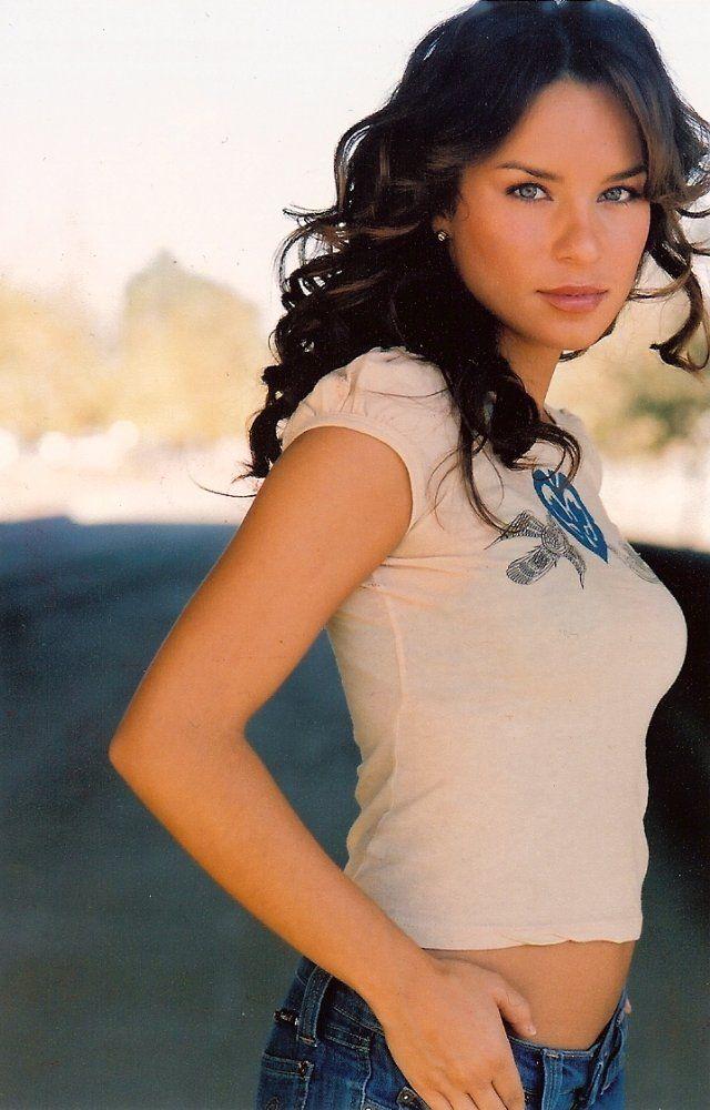 Actress Nicole Lyn; speechless/yielding beauty ... oh my ...