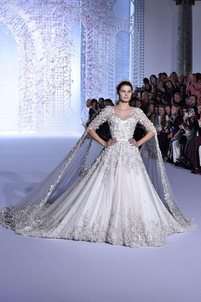 45 Fantasy Wedding Dresses That Will Make Your Heart Stop | Brautkleid