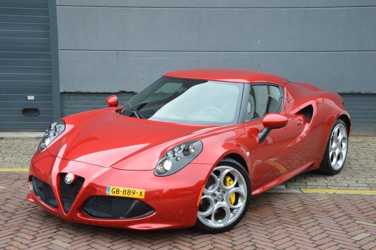 Cool Alfa Romeo 4c Sports Cars Dream Cars Cars