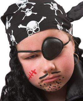 kind als pirat schminken kinderbasteln pinterest pirat schminken pirat und piratengeburtstag. Black Bedroom Furniture Sets. Home Design Ideas