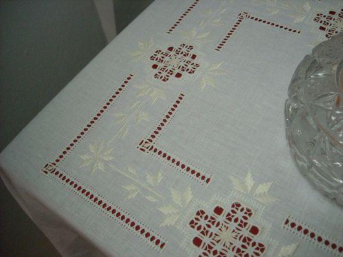 angolo tovaglia 3 | tovaglia da tavola. ricamata a punto ant… | Flickr