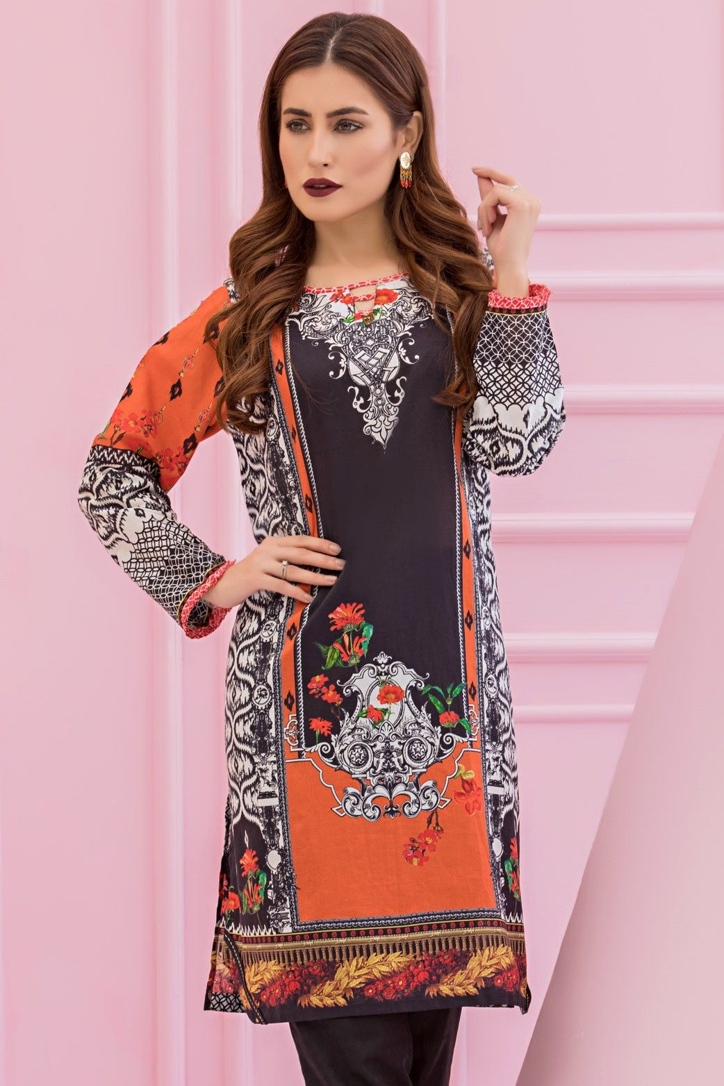 b4017f5523 Ready to Wear Digital Printed Kurti by Zeen Women 2019 is available online  at a discounted price this Winter Clearance Sale.