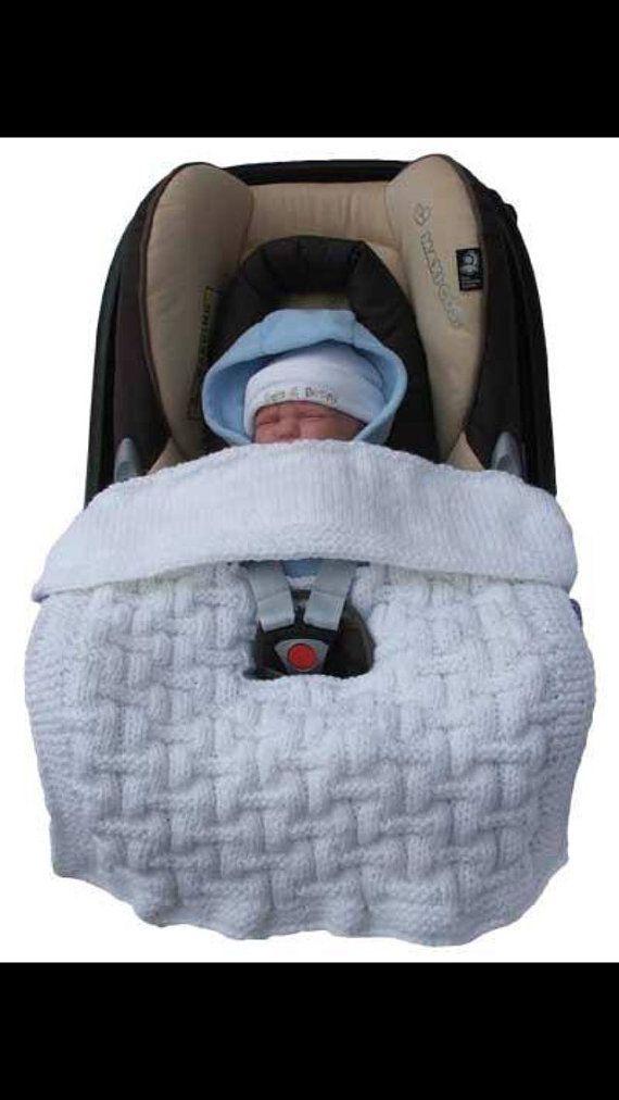 Car seat blanket by Handmadebydeerdesign on Etsy | baby | Pinterest