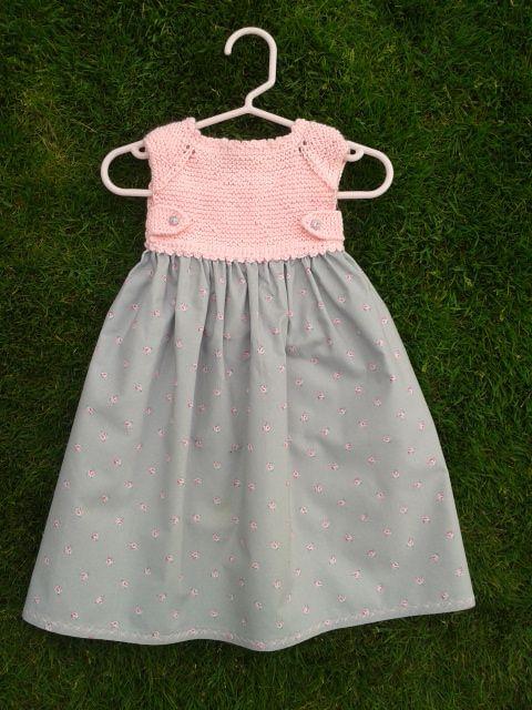 Es Sencillo De Hacer Y Queda Muy Resultón Materiales Una Madeja De Algodón Agujas De Vestidos Para Bebés Vestidos Bebe Niña Patrones Ropa Bebe