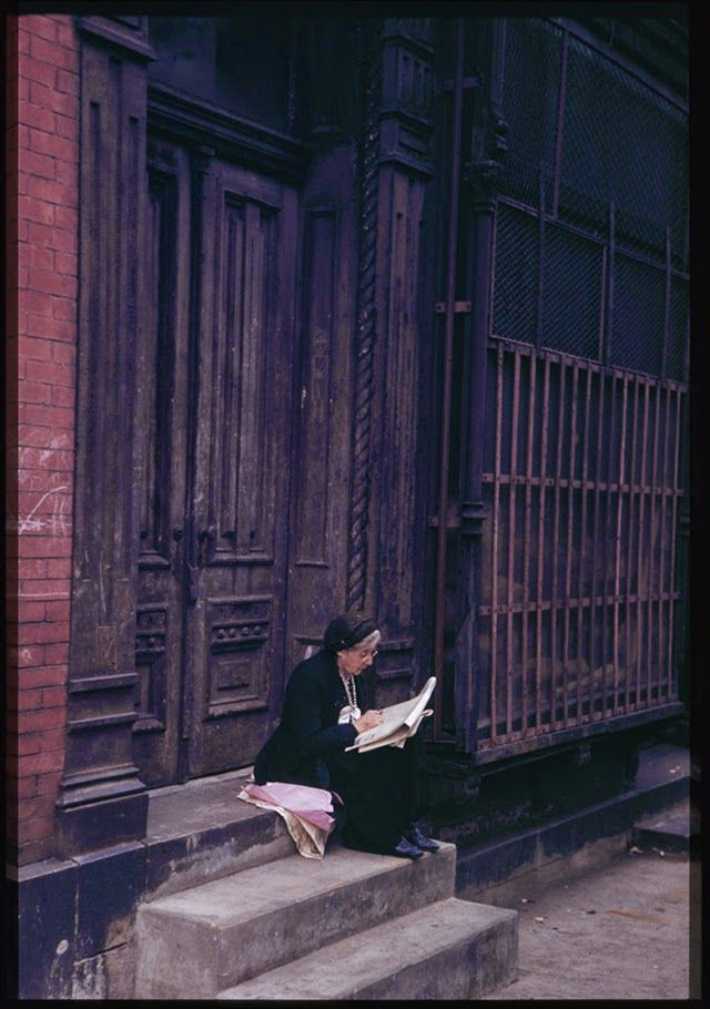 New York City, Lower East Side. Photo by Charles W. Cushman