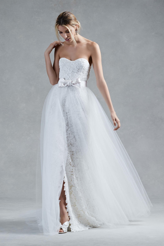 Oscar de la Renta Bridal Fall 2017 Fashion Show | Wedding dress ...