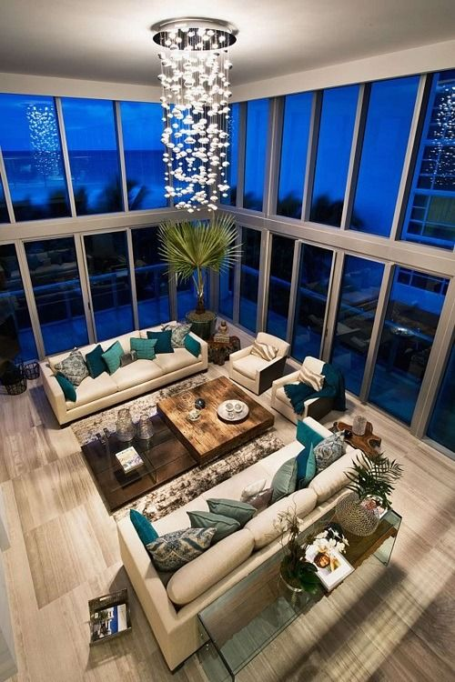 32 Best Beach House Interior Design Ideas And Decorations For 2020: ℒℴvℯ! If You Change The Pillows It Will Be Totally Different Theme. Nice Interior Design. Loft