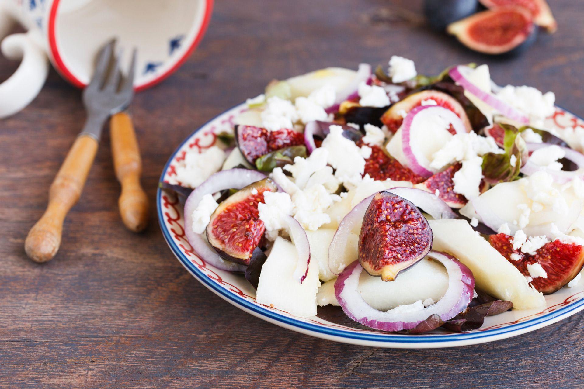 Herbst-Salat #figs #melon #onion #loveit #cheese #parmesan #healthy #veggy #easy #selfmade #love #lidlösterreich #enjoy #tasty #idea #autumn #salad