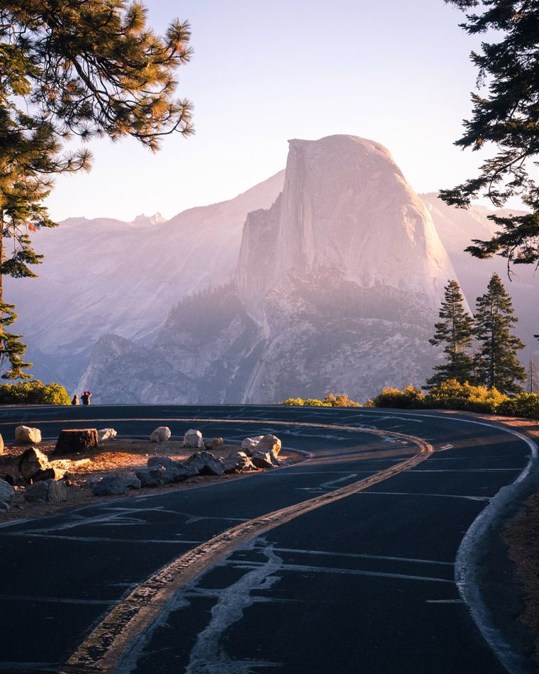 Advice for RV camping in Yosemite National Park. Tips for the best place to park your 5th wheel trailer or DIY campervan conversion overnight. Tricks for mapping out the best campsites in summer, winter, fall and spring. Best campsites for photography and sites for drawing. Take a road trip adventure travel to yosemite with a #vanlife camper via @parkedinparadise