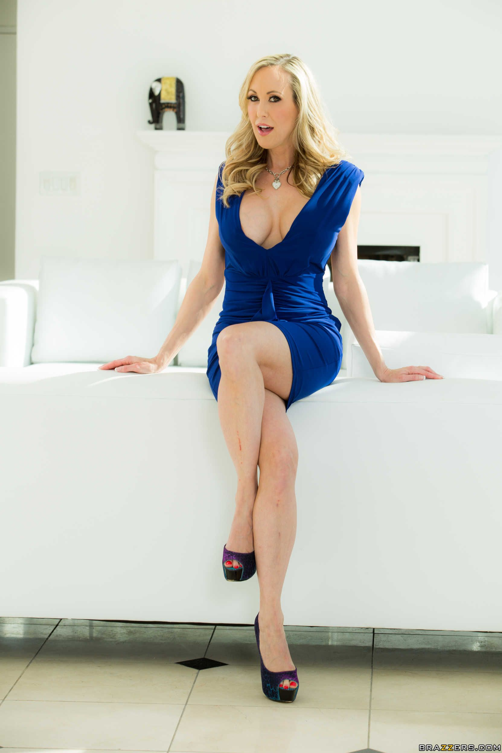 Naked big booty girls high heels