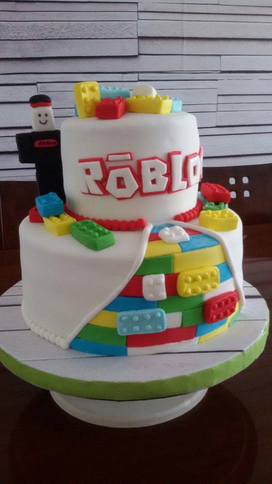 Tortaroblox Torta Roblox Crema Torta Fondant Roblox Tortas Creativas Tortas De Cumpleanos Tortas