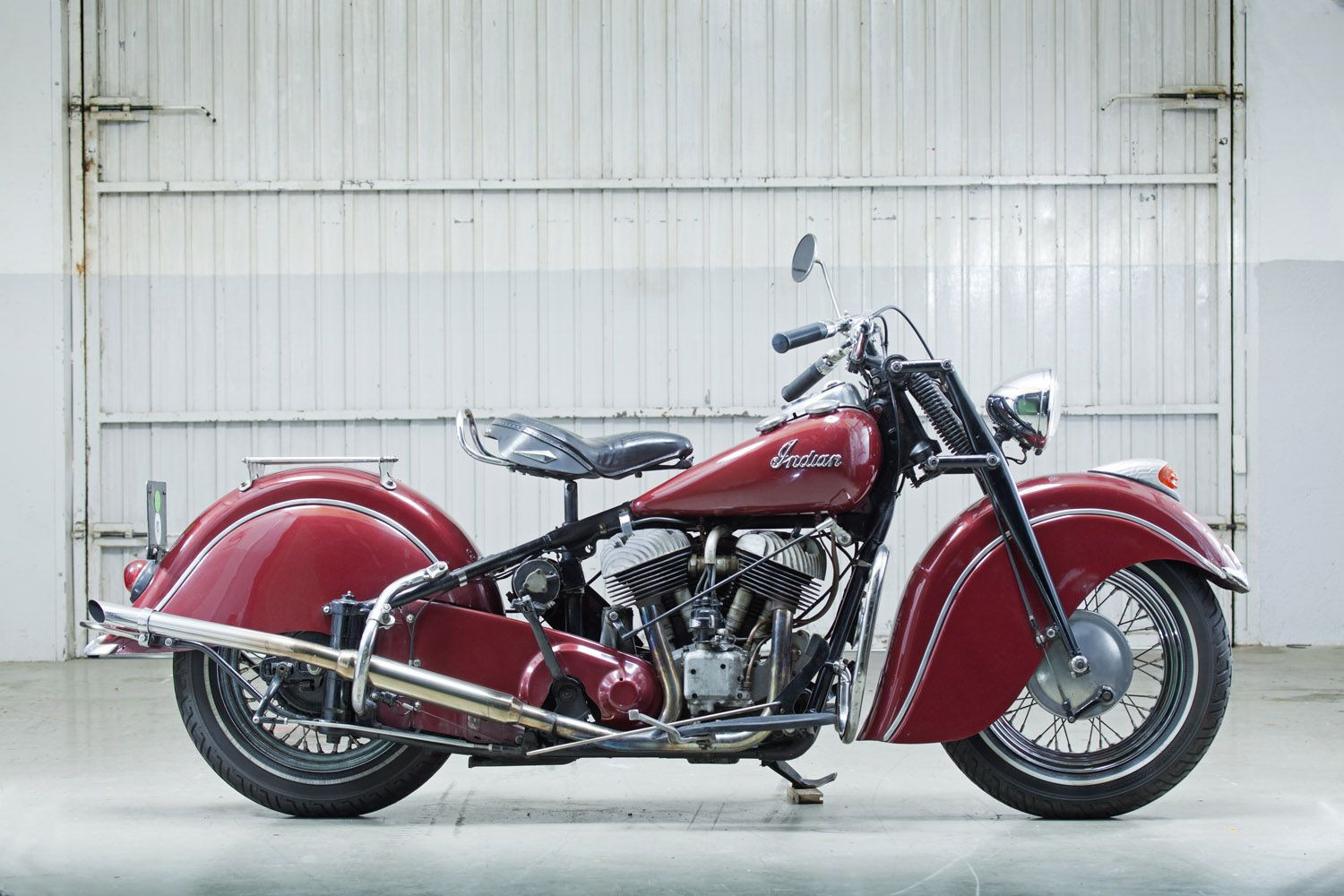 1947 Indian Chief With Images Vintage Indian Motorcycles Classic Motorcycles Indian Motorcycle