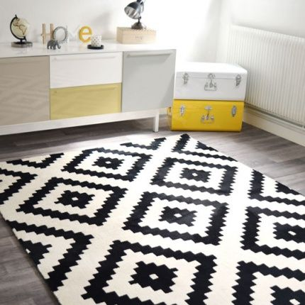 tapis graphique noir et blanc 160 x 220 cm acheter pinte. Black Bedroom Furniture Sets. Home Design Ideas
