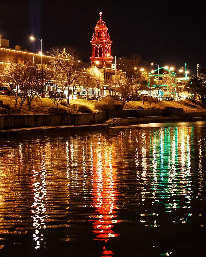 Christmas In Kansas City 2021 Plaza Time Tower Night Reflection Tall By Kevin Anderson In 2021 Kansas City Plaza Kansas City Missouri Country Club Plaza Kansas City