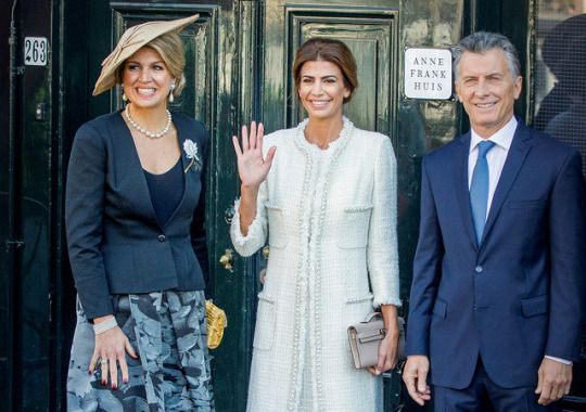 Presidential visit to the Netherlands. Mauricio Macri and his wife, Juliana Awada, accompanied by Queen Maxima visited the house of Anne Frank.