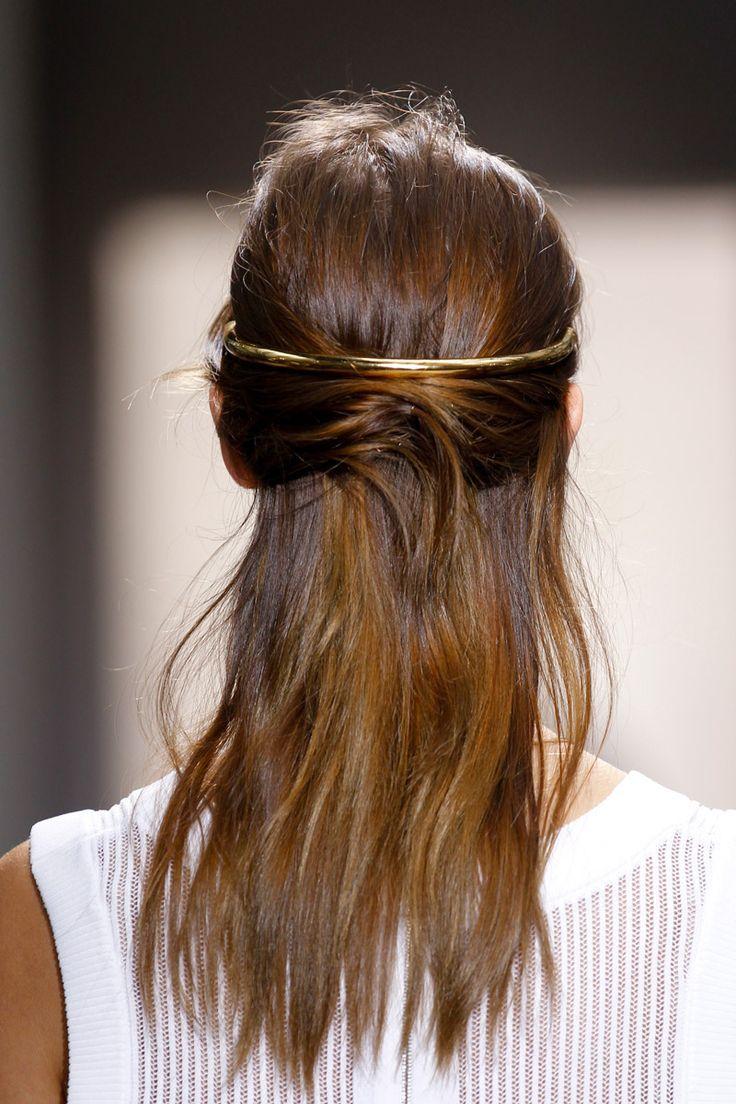Balenciaga Gold.. #HairInspiration #Gold #HairAccessory #Balenciaga #Runway #Details