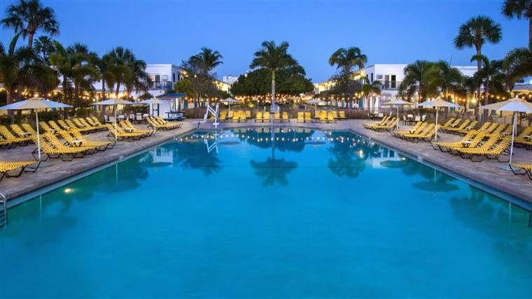 Here S Where To Find Last Minute Deals For A Labor Day Vacation In