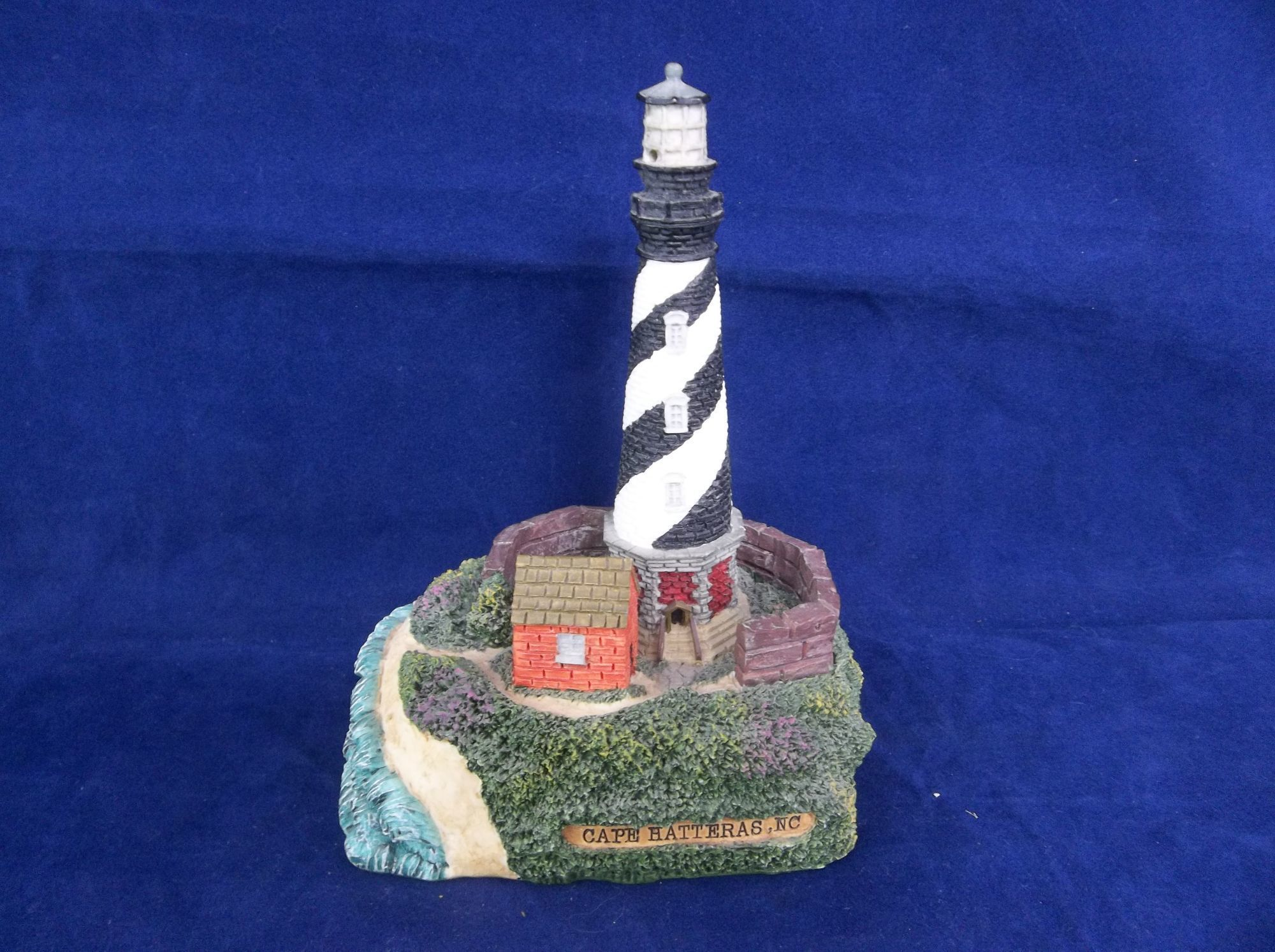 Decorative Lighthouses That Light Up  from i.pinimg.com
