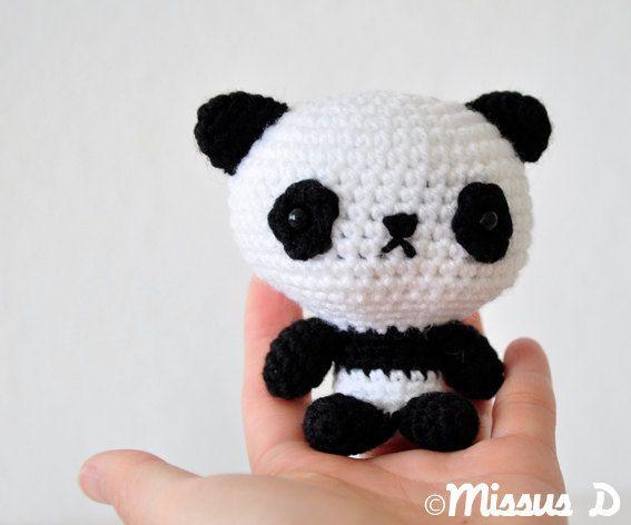 Amigurumi Panda Bear Crochet Pattern : Crochet panda amigurumi soft sculpture panda amigurumi and