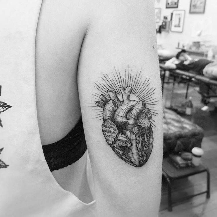 etching anatomical heart tattoo by Alexandyr Valentine | Engraving ...