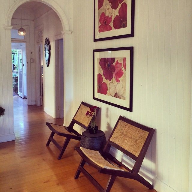 Home Staging Gallery: HOME STAGING The Chair Has Arrived...Gorgeous Flowers