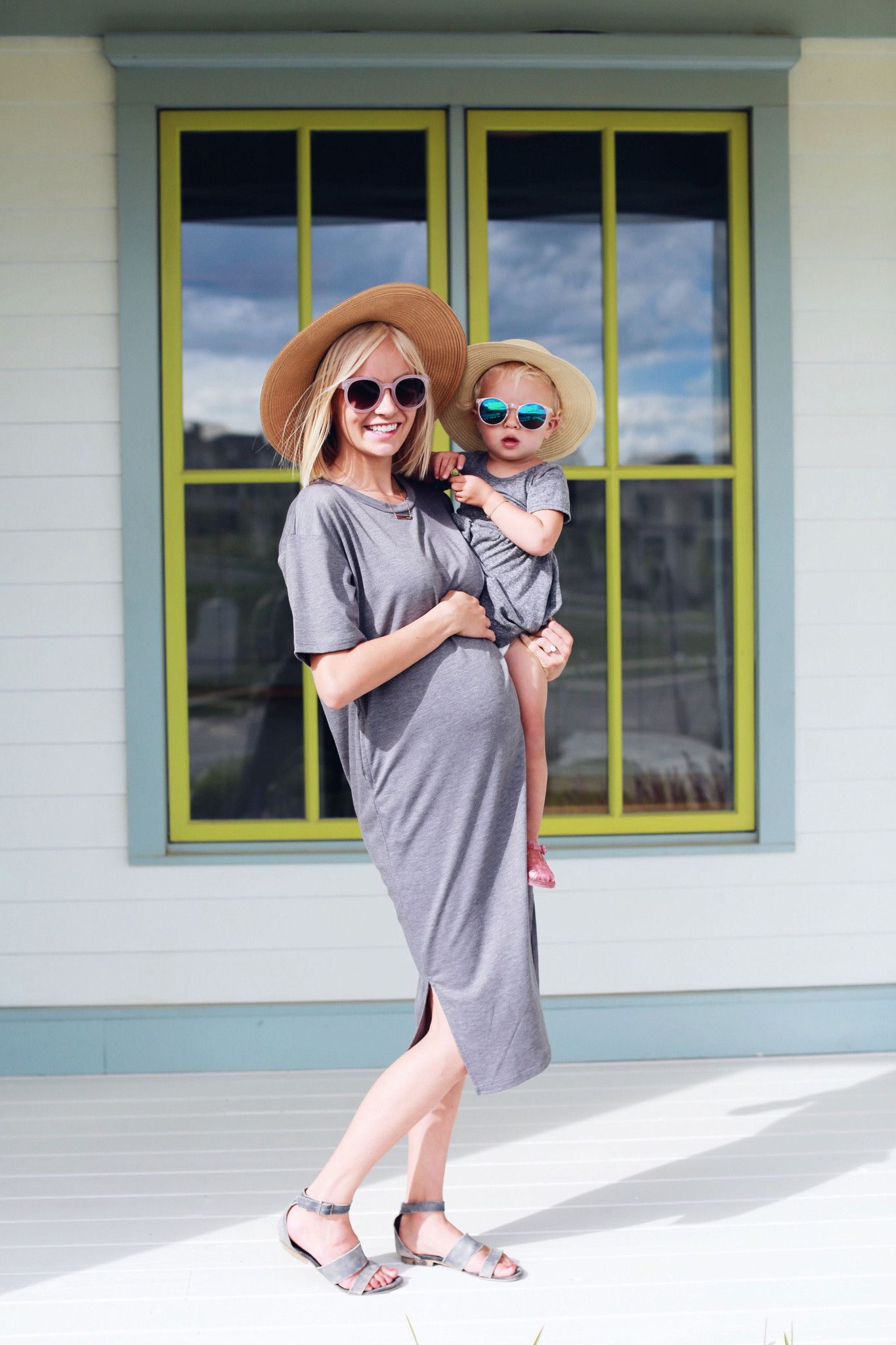 The Hailey Relaxed Pocket Dress in Charcoal