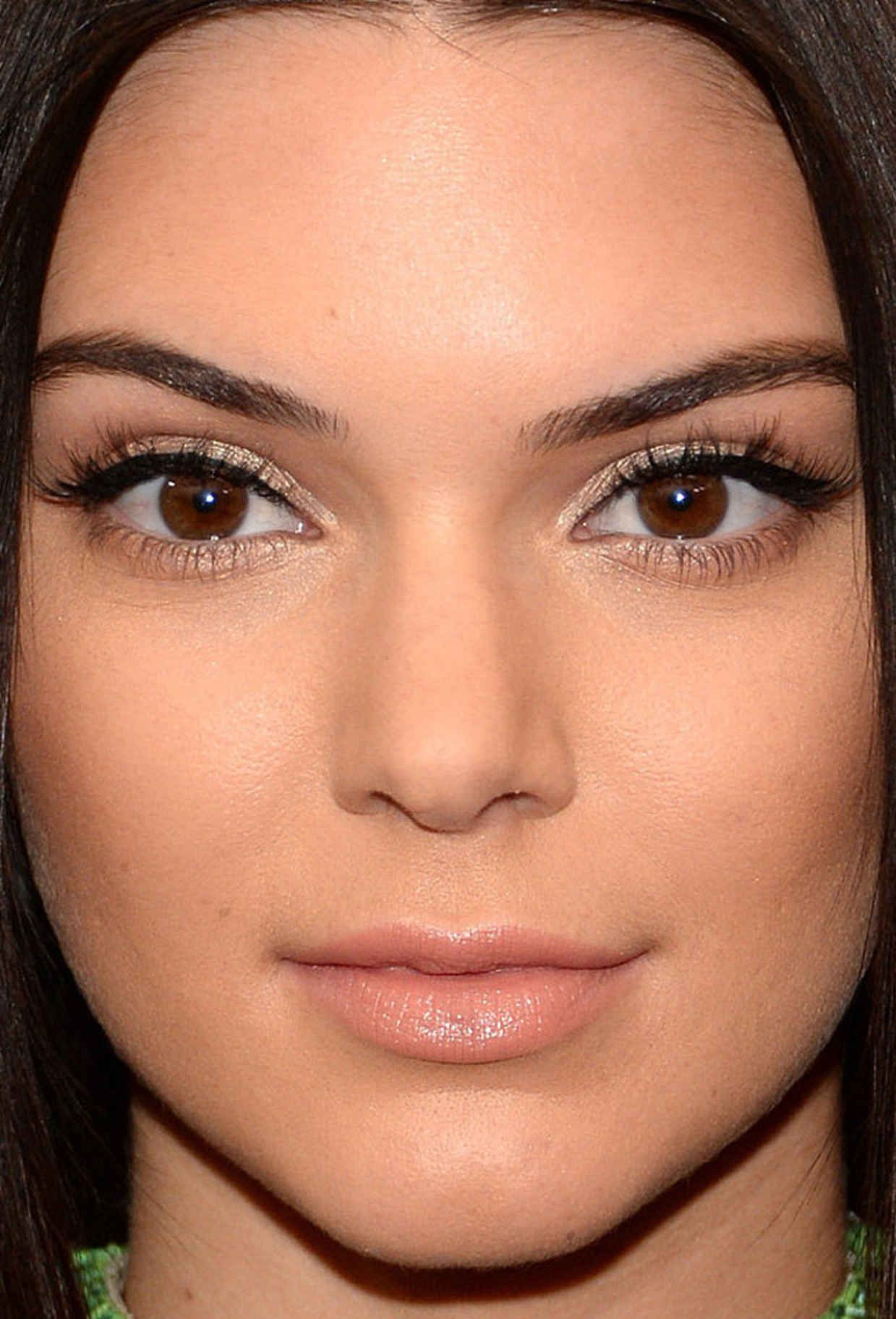 10 Celebrities With Awesome Beauty Lines - Allure