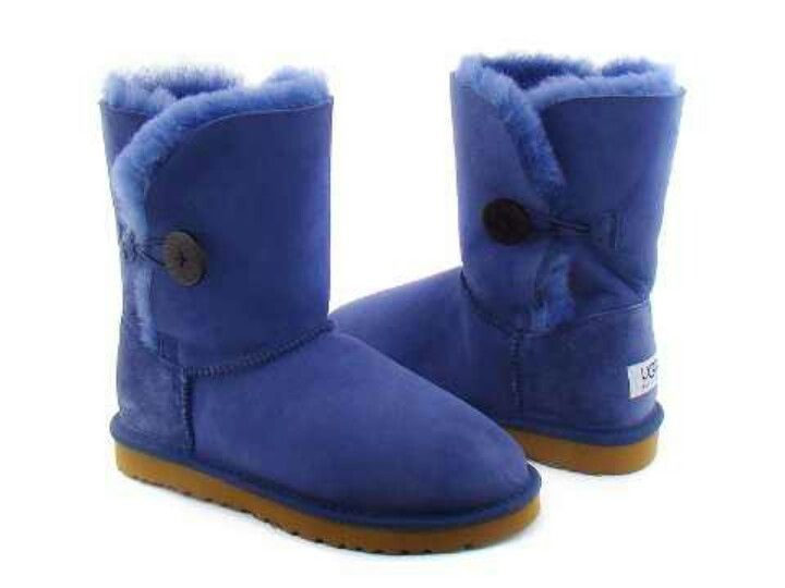 Get ready for winter with these dark blue Uggs!