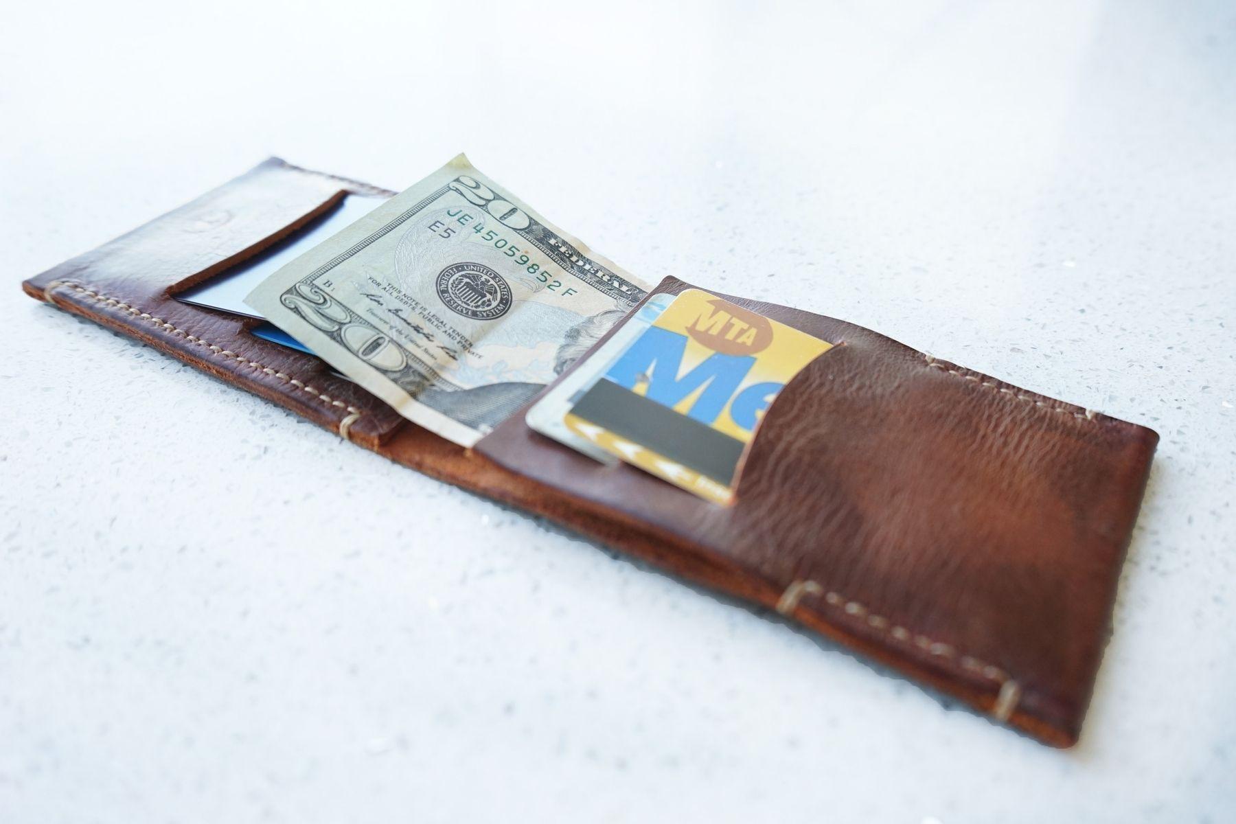 Custom made bifold vintage mens leather wallet card