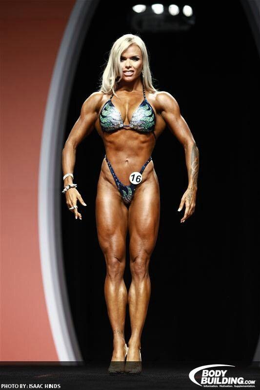Larissa Reis Bodybuilder | olympia weekend | I Work Out