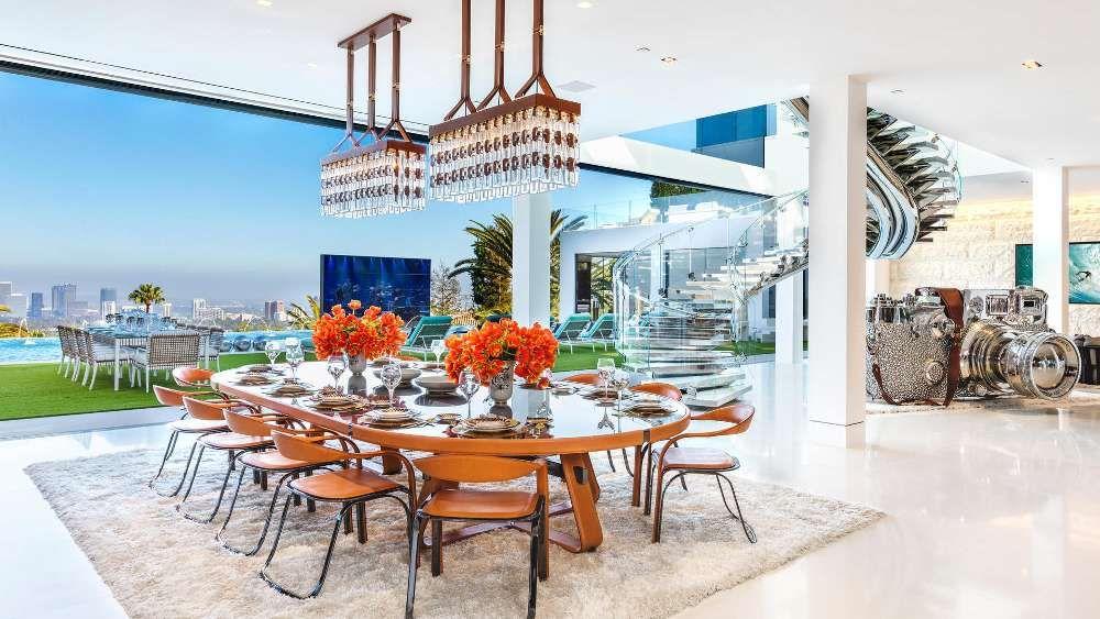 Nice Blick In Einen Speisesaal In Einer Luxusvilla Im Kalifornischen Bel Air  (Los Angeles, USA). (Quelle: Dpa/Photos Courtesy Of Berlyn Photography)