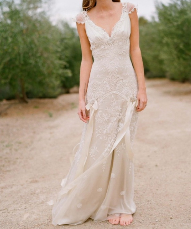 Top 10 Lace Wedding Gowns | Country wedding dresses, Rustic country ...