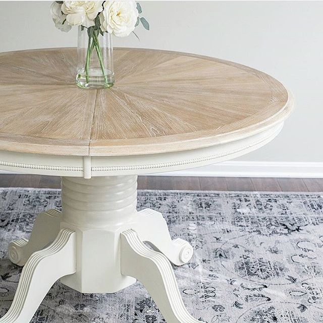 I am obsessed with the rich texture and detail of this beautiful table from @cravingcreative! She used a technique called ceruse to fill all of the grain lines with white, making them really stand out. I'm head over heels in love with this look and can't wait to try it myself! Swing by her feed for all sorts of beautiful #DIY ideas. #onetofollow #diyhomedecor #diyproject #ceruse #cerusedoak #tablemakeover #kitchentable #lightandairy #farmhousestyle