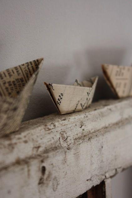 Bateaux en papier ancien