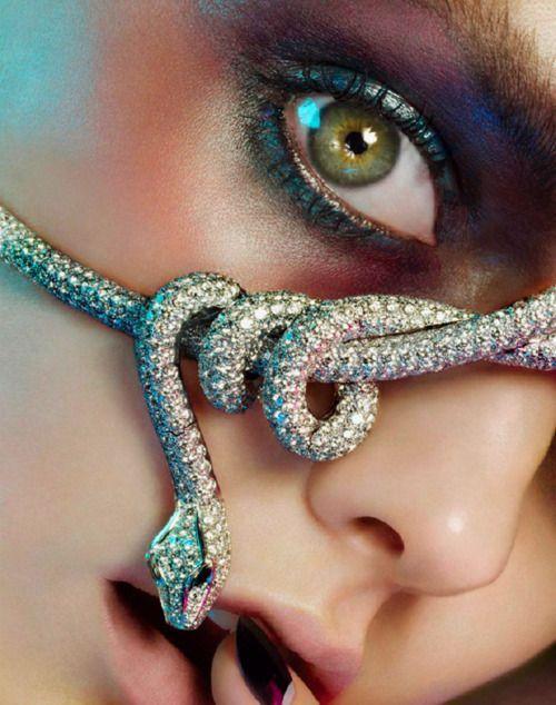Photo of Jewelry Editorial – Amazing make-up – Eyeshadow jewels – #Amazing #Eyes …