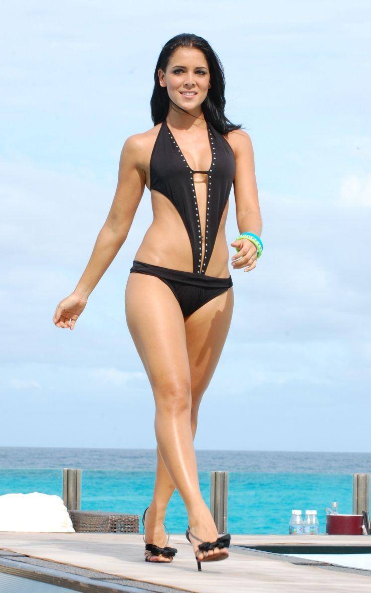 Adianez Hernandez Nude Photos 51