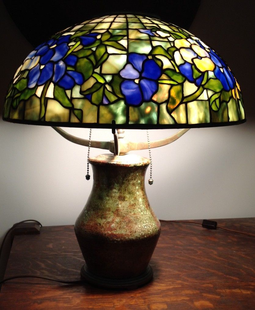 16 Inch Tiffany Repro Oansey Shade On Stoneware Base Glass Standing Lamp Tiffany Inspired Lamps Tiffany Lamps