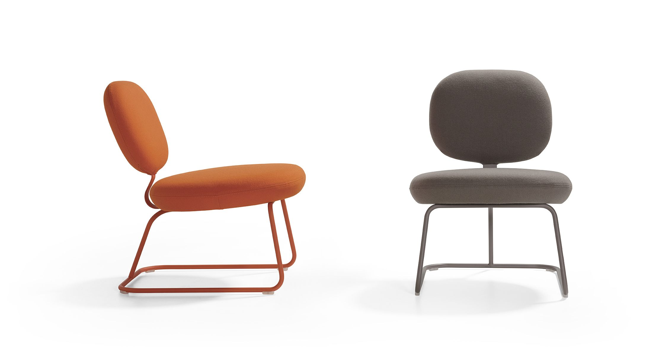 Jasper Morrison's Vega chair from 1977, reintroduced by Artifort in time to catch the retro wave. Now touting being green by swapping out chrome plating for powdercoat. #May2015