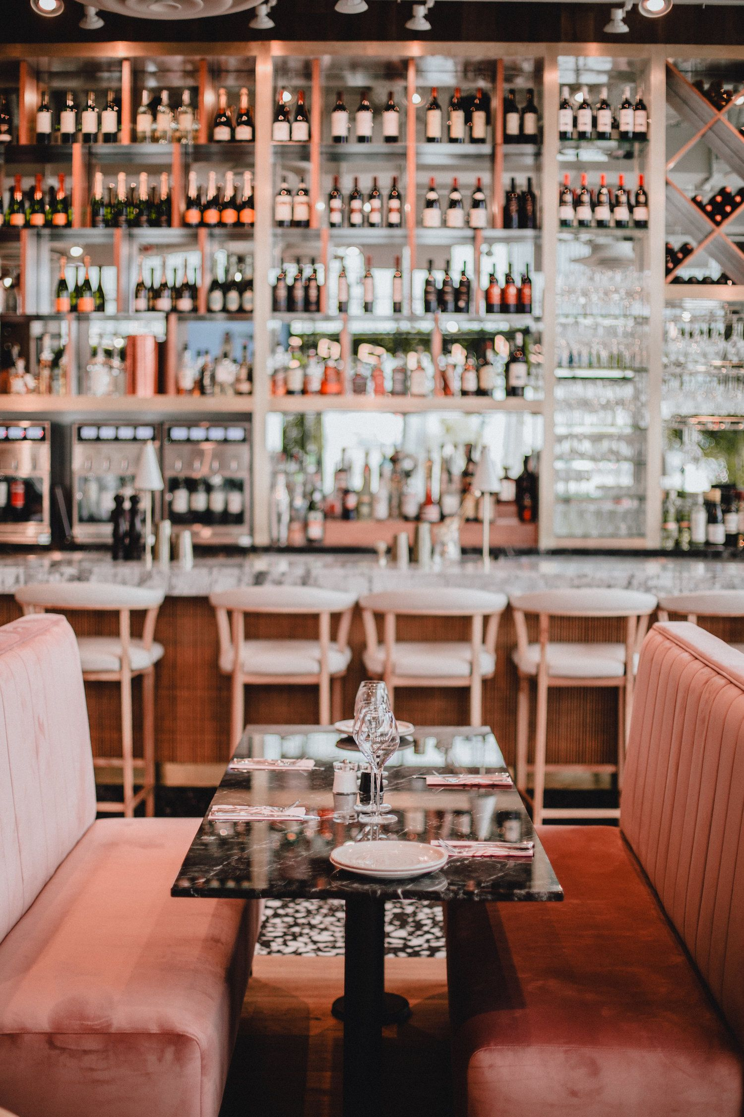 Interior Design In The New Italian Restaurant Gatto Matto In Laval