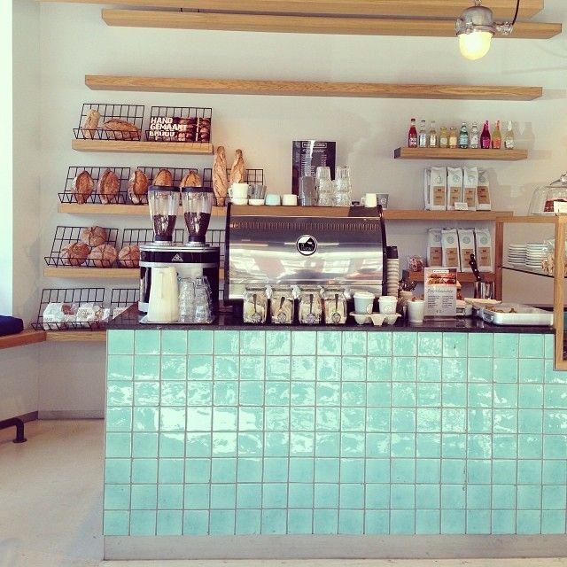 Bilder & De Clercq | Amsterdam | counter tiles, mint green