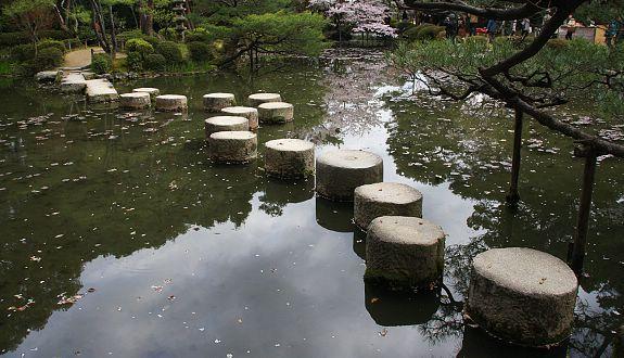 elemente japanischer gartenkunst steintreppen