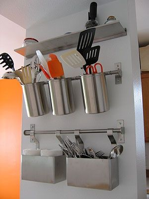 Save Space And Get Organized With These Pinterest Kitchen Hacks Kitchen Wall Storage Kitchen Utensil Storage Small Kitchen Storage