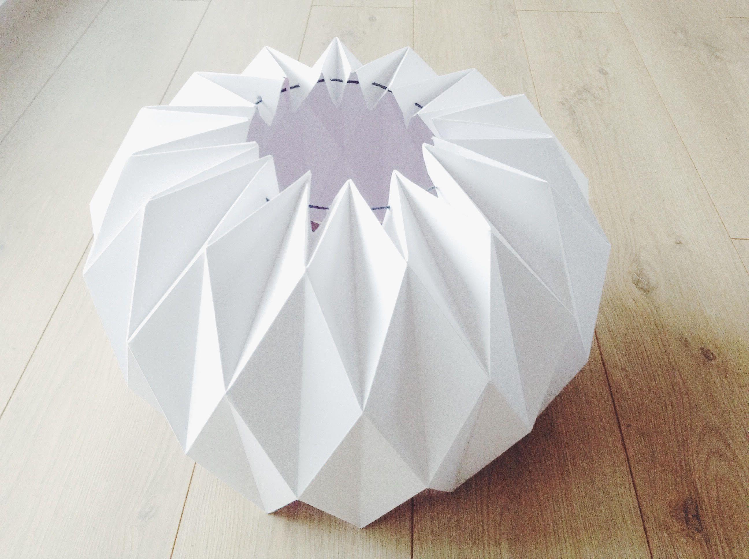 oui oui oui j 39 ai test le guide diy pour un trop choupi abat jour origami c 39 est parfait. Black Bedroom Furniture Sets. Home Design Ideas