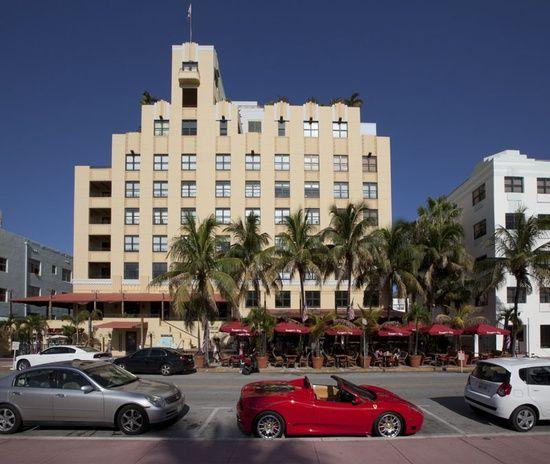 Miami South Beach Art Deco Tour Netherland Hotel On Ocean Drive